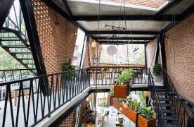 Quán cafe thép tiền chế mang nhiều điểm độc đáo, thu hút khách hàng quan tâm
