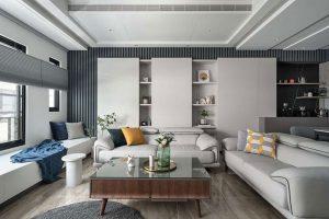 Bạn có thể lựa chọn tủ trang trí phòng khách bằng gỗ công nghiệp. Giá thành sẽ khá mềm và tính năng của sản phẩm đạt tính tương đối.